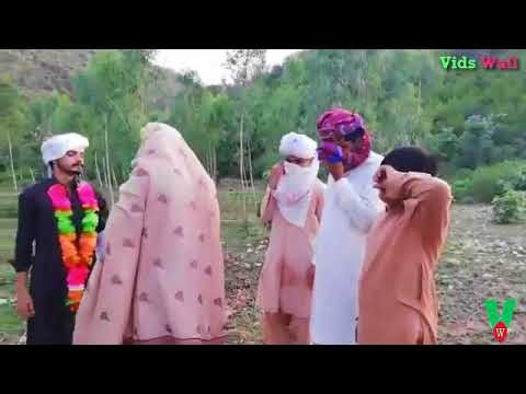 Whatsapp Funny Video || Dulhe Ka Sehra Suhana Lagta Hai || Funny Wedding Clip
