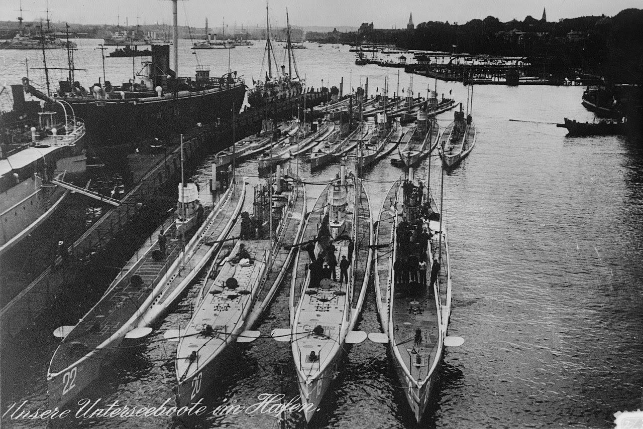 U-Boote Kiel 1914.jpg