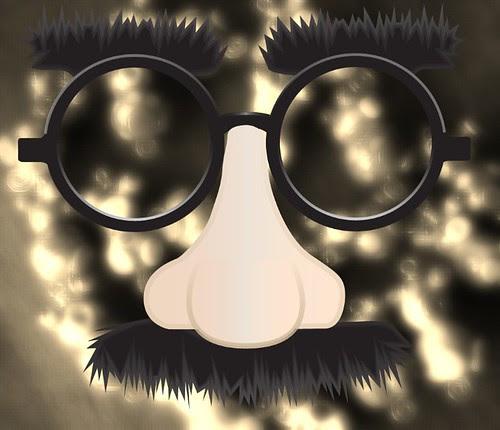 art charm swap 2012 disguised jennifer cameron glass addictions