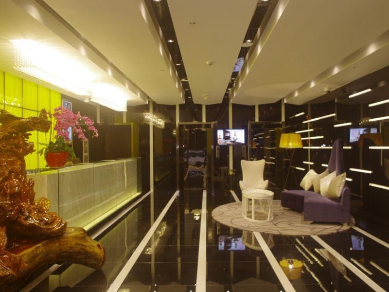 Price GreenTree Alliance ShangHai WanDa SongJiang University Town Metro Station Hotel