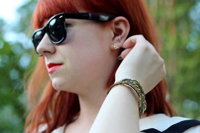 Wayfarer Sunglasses, Vintage Bracelet