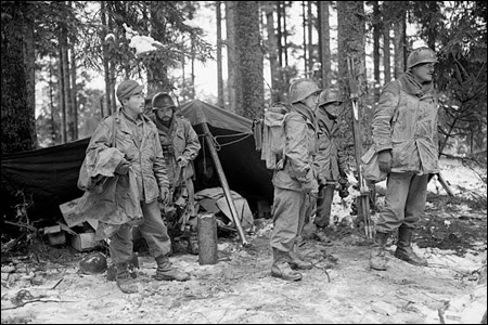 Second World War Clothes. the Second World War,