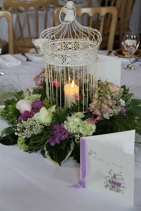 Flower Design Table Centrepieces: Vintage Bird Cage Table