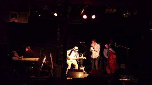 Play Video: Smoking Blues al café del Teatre