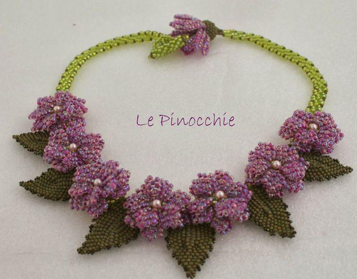 Le Pinocchie: Collana fiori rosa II