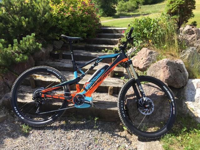 Overvolt 800SX. A whole lotta (e)-bike.