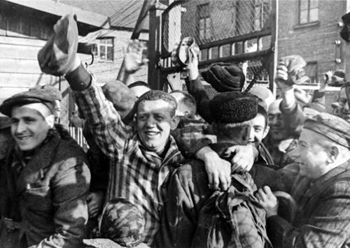 WWII History Auschwitz Holocaust ww2 World War Two 1945 today in history auschwitz birkenau the holocaust Red Army soviet army liberation of auschwitz