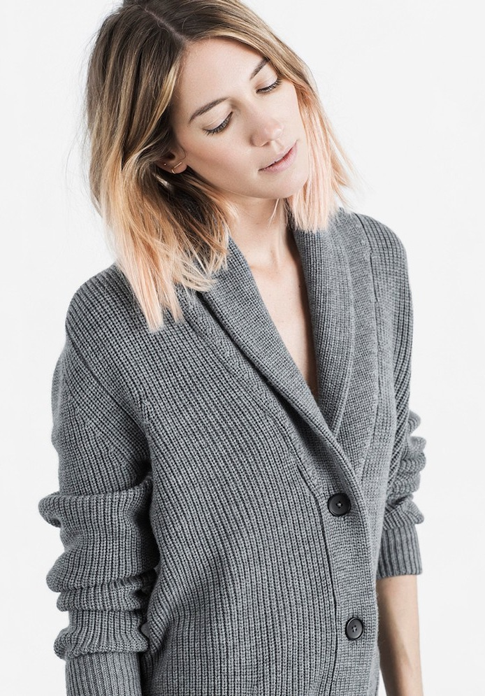 Le Fashion Blog -- Everlane Chunky Knit Collection -- Caroline Ventura With Ombre Pink Wavy Bob Haircut, Brvtvs Earrings and Grey Cardigan --  photo Le-Fashion-Blog-Everlane-Chunky-Knit-Collection-Caroline-Ventura-Wavy-Bob-Ombre-Pink-Hair-Brvtvs-Earrings-Grey-Cardigan-2.png