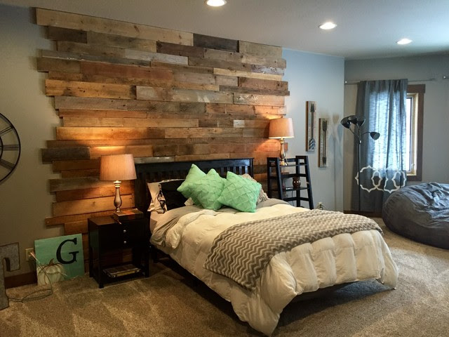 Staggered Barnwood Wall - Rustic - Bedroom - by Reclaim Renew