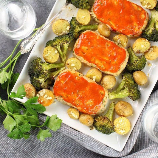 Turkey Meatloaves with Ranch Potatoes and Broccoli | Taste And See