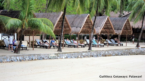 el-nido-resorts-cabana-tourists
