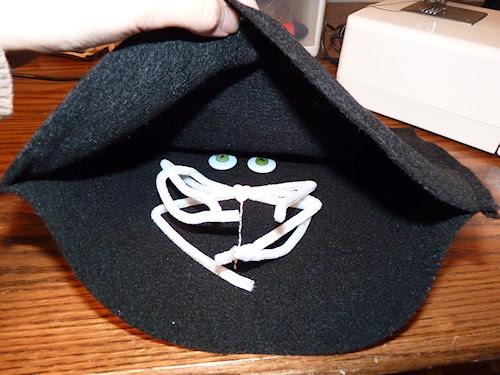 Black Cat Pillow - Step 5