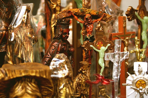Religious icons for sale in the Philippines, by The Wandering Angel under a CC Licence