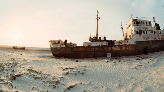 How Soviet pollution destroyed the Aral Sea - BBC News