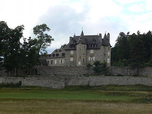 joli château.jpg