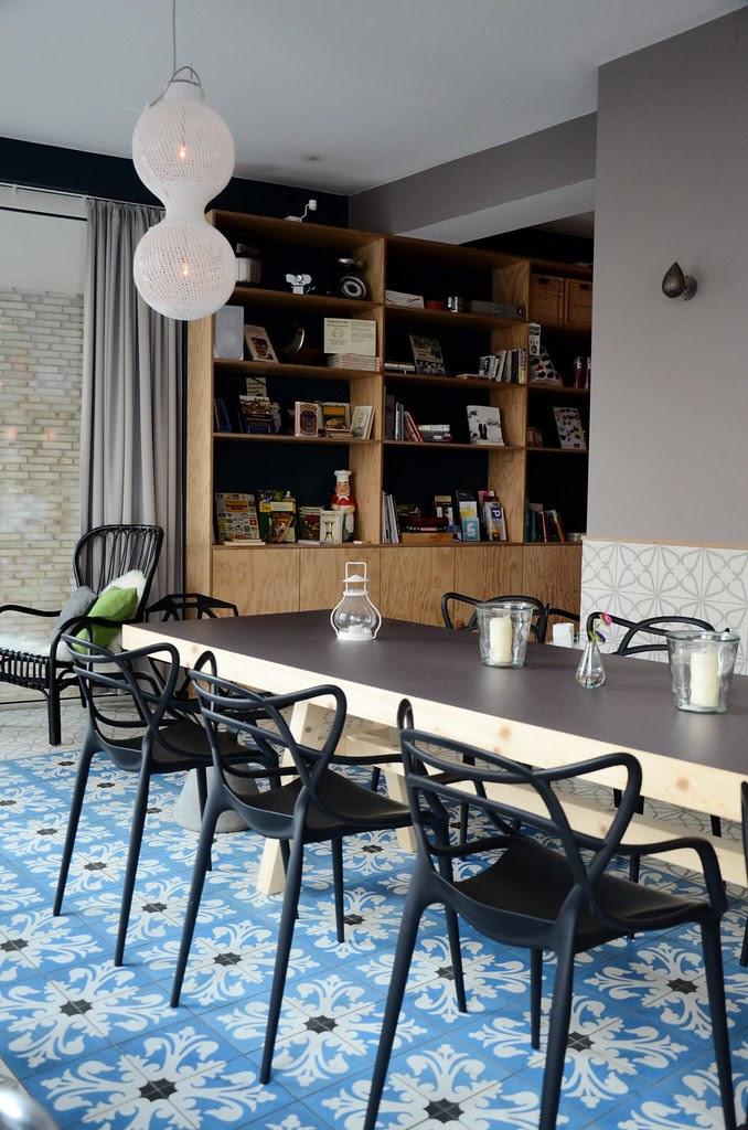 Neu4bauer: Breakfast Meeting - The Kitchen