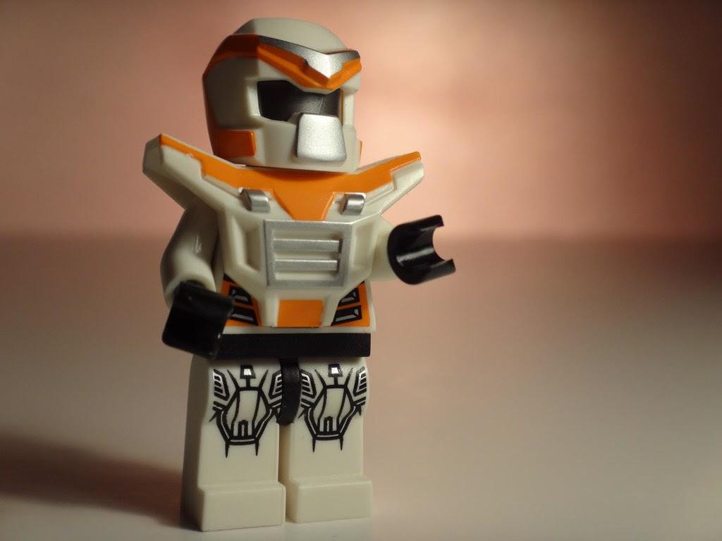 lego minifig series 9 battle mech