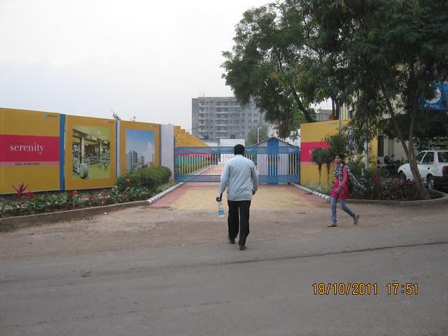 Main entrance of Kalpataru Serenity, 1 BHK 2 BHK 3 BHK Flats, opp. Navratna Mangal Karyalay, Mahadev Nagar, near All India Radio, Manjri, Pune 412 307