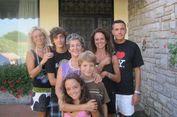 Kisah Nyata nan Langka, Keluarga 'Super' yang Tak Bisa Rasakan Sakit