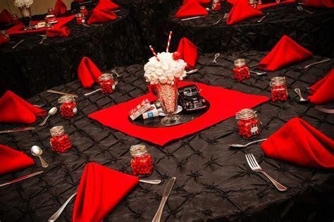 1950's Wedding Table Décor: Edible Centerpiece with