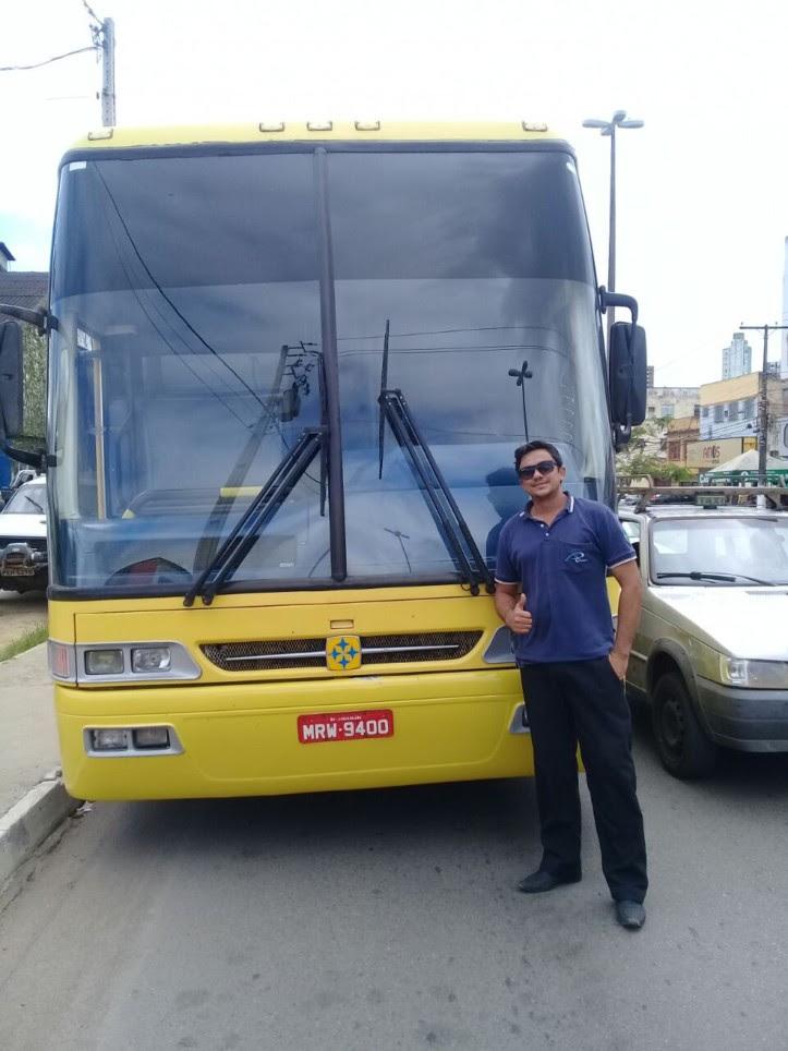 Uma das vítimas do acidente é o motorista que conduzia o ônibus. (Foto reprodução)