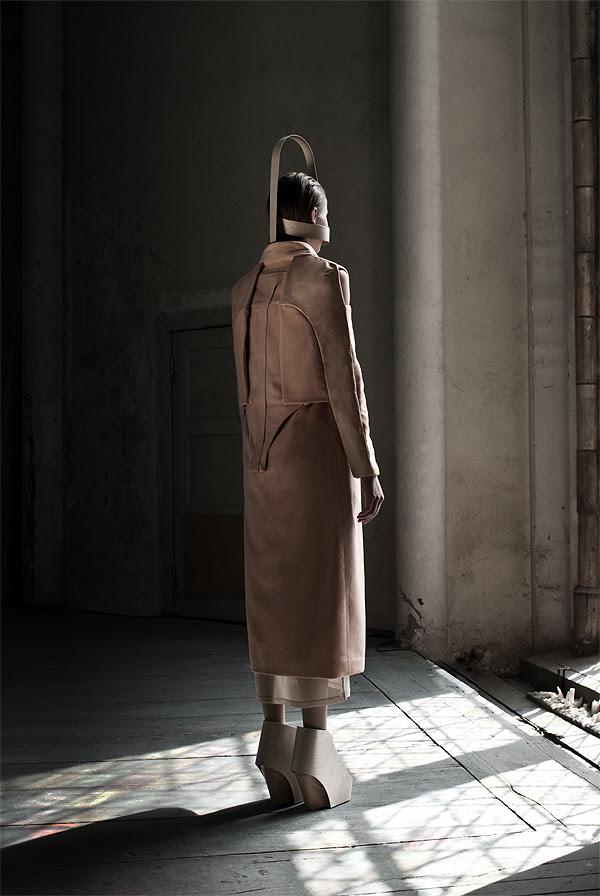 External_Body_Fashion_Collection_Emilia_Tikka_afflante_6