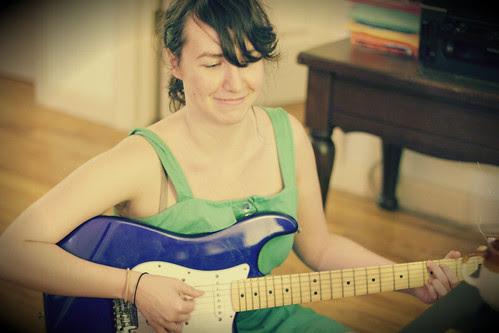 chan guitar 2
