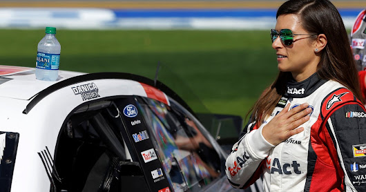 Danica Patrick makes bold statement for Daytona 500 with career-best Cup finish | FOX Sports