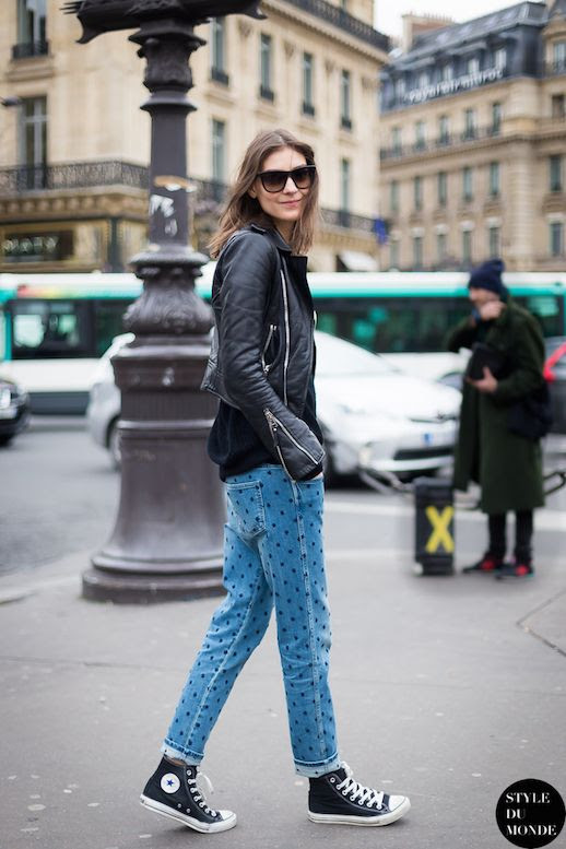 Le Fashion Blog Ways To Wear Converse High Top Sneakers Leather Jacket Polka Dot Jeans Model Style Katie Nescher Via Style Du Monde