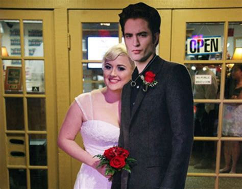 Robert Pattinson Gets Married: Twilight Fan Says 'I Do' to