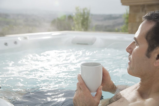 4 Safety Tips for Winter Hot Tub Fun - Regina Pools & Spas