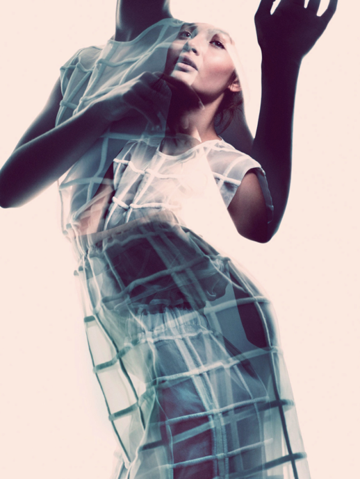 LE FASHION BLOG EDITORIALS SPRING SUMMER SHEER TREND ELLE SWEDEN SHEER TRANSPARENT WHITE CHECKERED SLEEVELESS SHIFT DRESS Varljus Moa Aberg By Andreas Sjoden Elle Sweden Summer 2013 Stylist Styled by Lisa Lindqwister Hair Rudi Lewis Makeup Ignacio Alonso 8