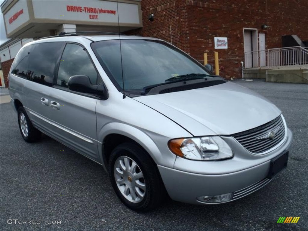 2002 bright silver metallic chrysler town  country lxi