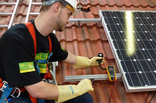 Di-Log Solar on Its Range of Solar PV Testing Equipment - Professional Electrician