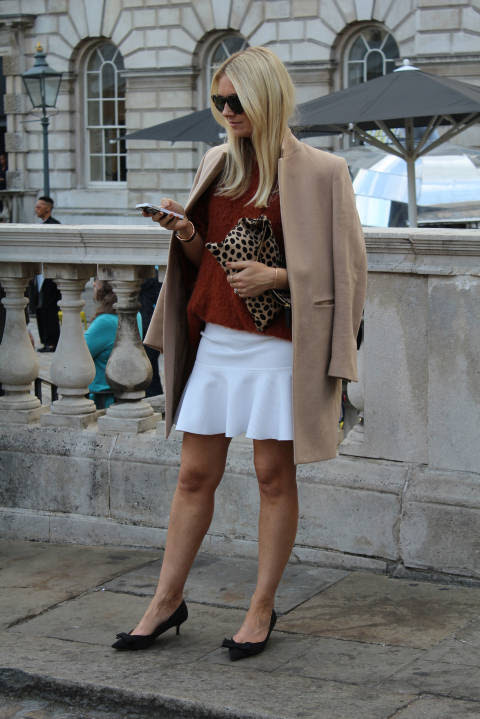 Silje wears: Bag: Claire Vivier, Sweater: By Malene Birger, Skirt, shoes & coat: Zara