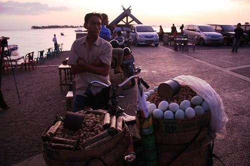 Makanan Khas Makassar Canggoreng Nasu dan Gogoso