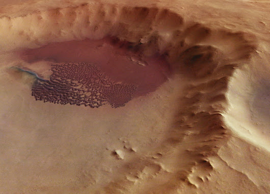 Dunes on Wind-swept Mars - SpaceRef