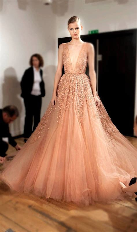 Elie Saab Backstage   Haute Couture Fall Winter 2014 2015