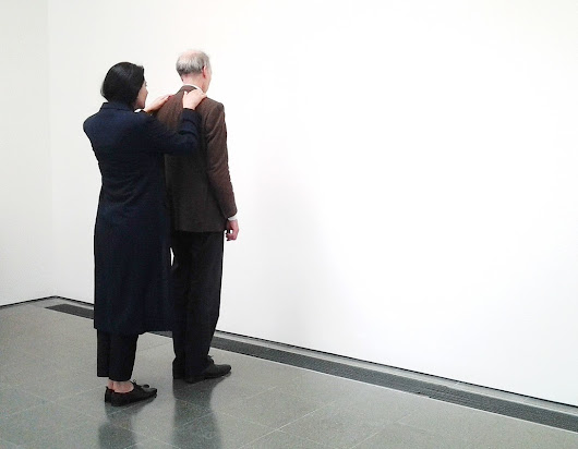 Exhibiting bodies and performing ephemeral objects: Marina Abramovic - Choreomundus Alumni Association