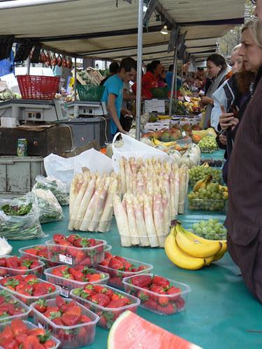asperges et fraises.jpg