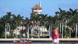 Russian oligarch docks yacht in Palm Beach ahead of Trump visit