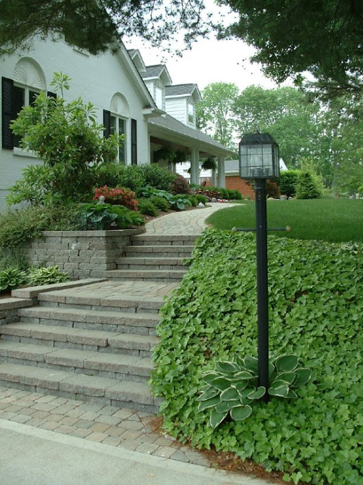 Curb Appeal is a Home's Body Language - What Is Your Home Saying? - Brentwood Landscape & Design Inc.