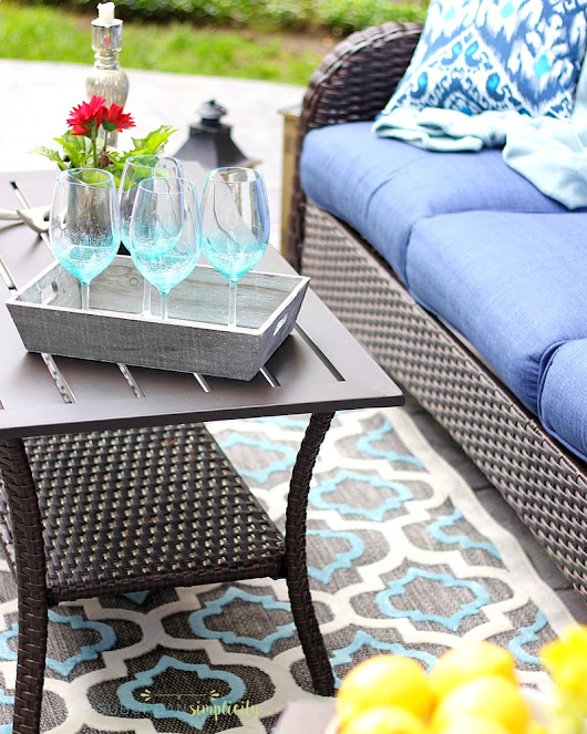 Backyard Patio Makeover In One Afternoon | Outdoor Decorating Ideas