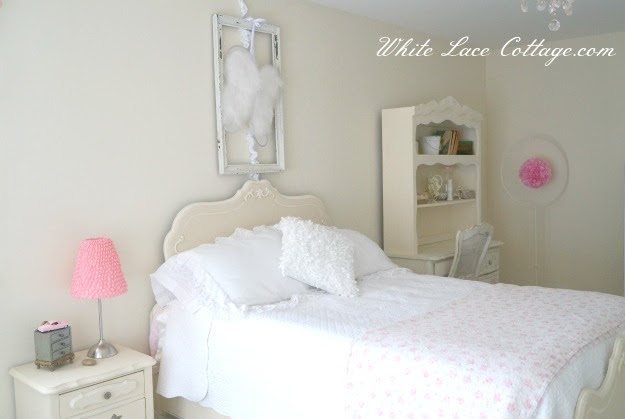 039shabbyfrenchbedroom