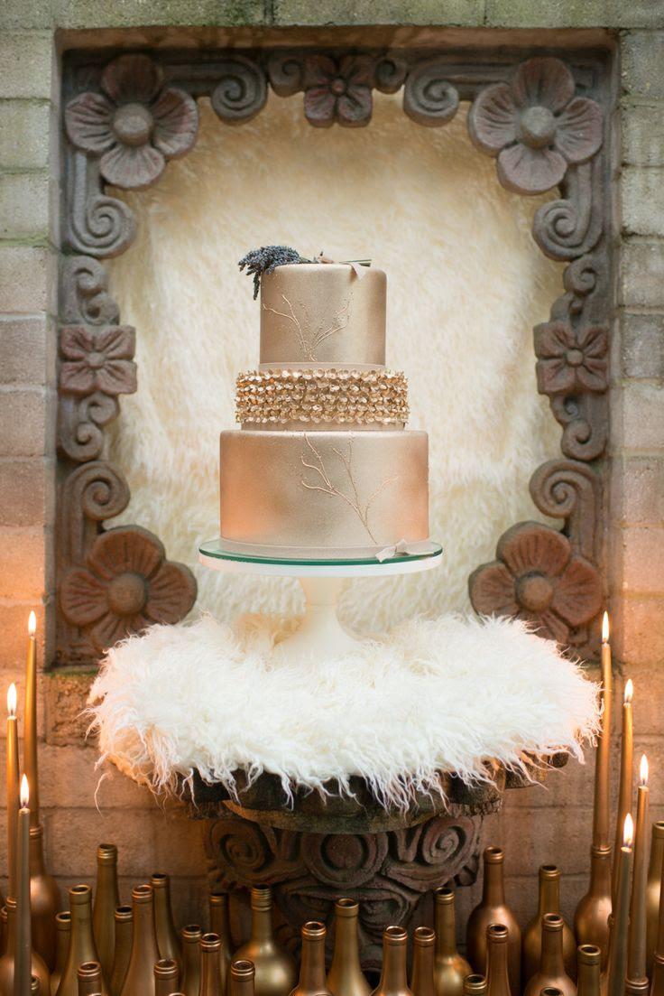 #Gold Wedding #Cake | See More Wedding Inspiration on SMP: http://www.StyleMePretty.com/florida-weddings/maitland-florida/2014/01/06/romantic-glamour-inspiration-shoot-at-maitland-art-center/ LH Photography