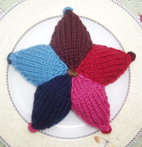 knitted star 2