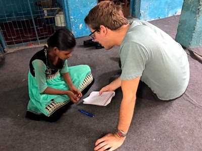 DOs And DON'Ts You Should Follow While Volunteering In India
