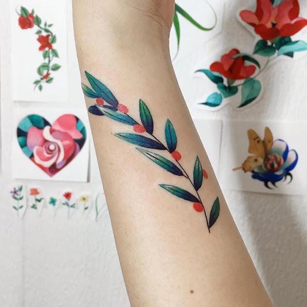 Delicados Tatuajes Pequeños De Color Las Flores Que Inundan Tu Piel