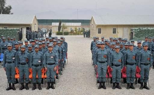 Cerimônia de formatura da Polícia Nacional Afegã em Jalalabad. Noorullah Shirzada/AFP.