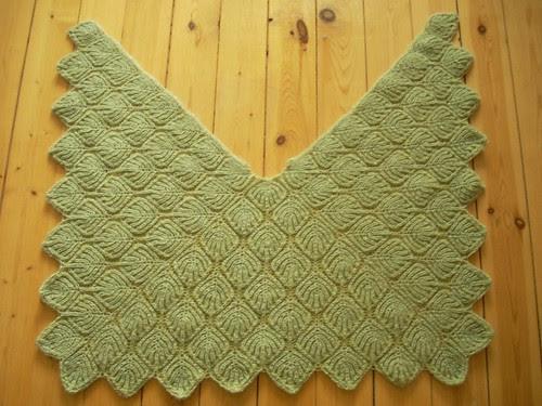 Brioche shawl by Asplund